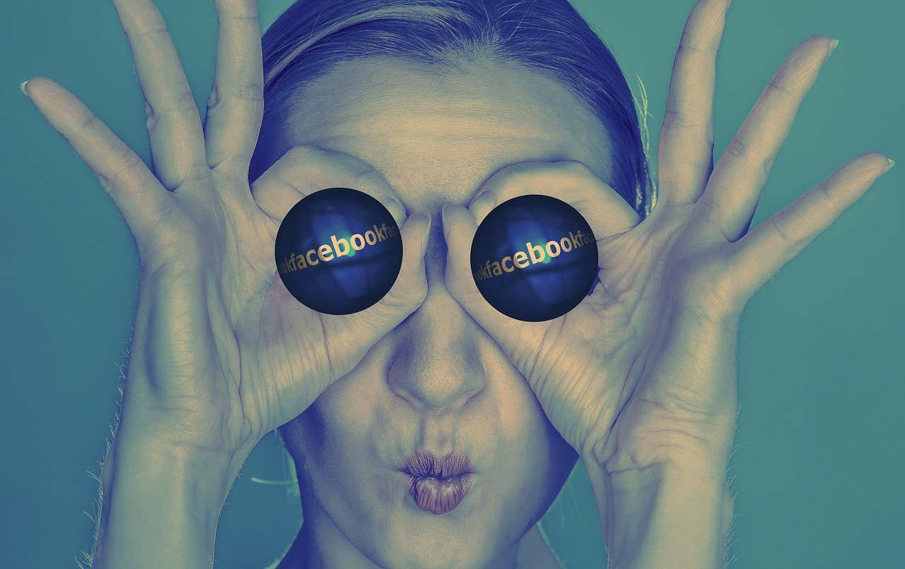 Fanpage-facebook-volto-donna